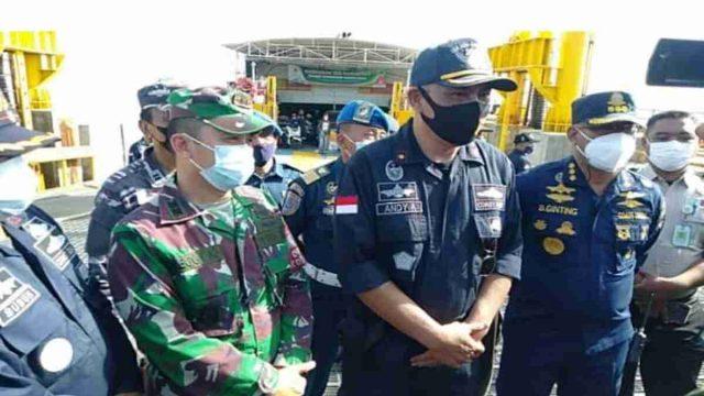 Dandim 0823 Pantau Penerapan Prokes di Pelabuhan Jangkar