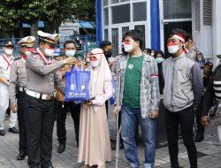 Warnai Hari Kemerdekaan ke-76, Sebanyak 15 Korban Laka Dapat Bantuan Sembako