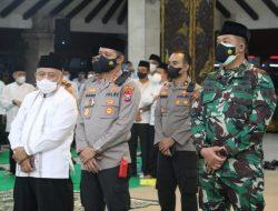 Kapolres Malang Bersholawat Secara Virtual Bersama Forkopimda Jatim